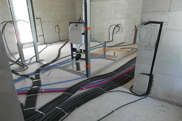 passage de cable electrique 13 les gaines icta sont d roul es au sol passage des gaines. Black Bedroom Furniture Sets. Home Design Ideas